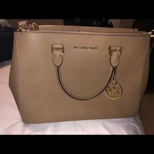 Michael Kors large tan purse